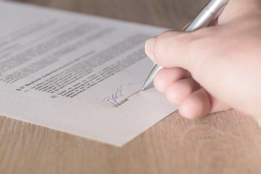 Статья 32.10. Особенности совершения сделок с акциями (долями) страховой организации