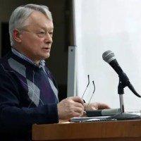 Статья 92. Право на обращение в Конституционный Суд Российской Федерации