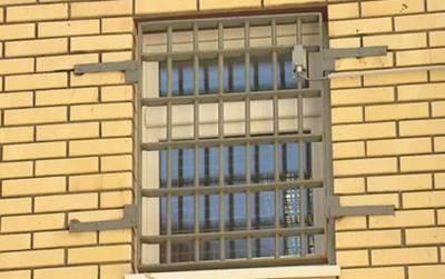 Статья 13. Основания перевода подозреваемых и обвиняемых, содержащихся в следственных изоляторах, в изоляторы временного содержания