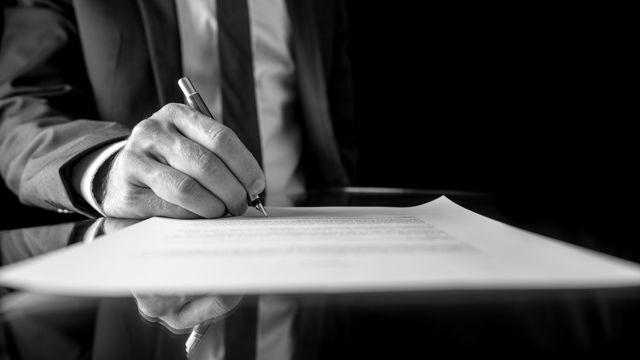 Статья 25. Заключение эксперта или комиссии экспертов и его содержание